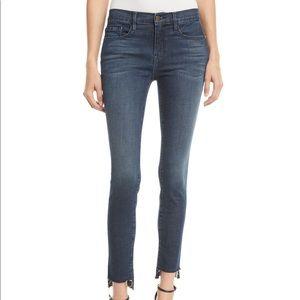 ✨Host Pick✨Frame Le Skinny de Jeanne Jeans